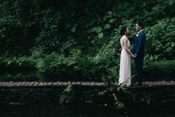 Tropical-Bali-Wedding-at-Bambu-Indah-Eric-Ronald-Photography-099