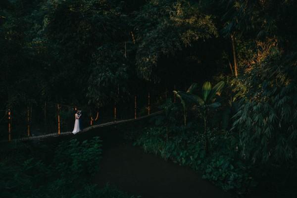 Tropical-Bali-Wedding-at-Bambu-Indah-Eric-Ronald-Photography-104