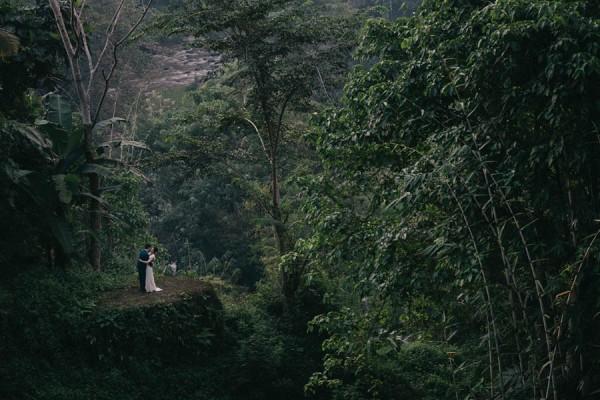 Tropical-Bali-Wedding-at-Bambu-Indah-Eric-Ronald-Photography-116