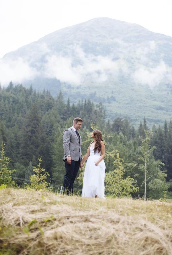 Understated-Alaska-Destintion-Wedding-in-Orange-and-Navy-Erica-Rose-Photography-0025