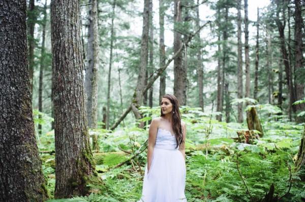 Understated-Alaska-Destintion-Wedding-in-Orange-and-Navy-Erica-Rose-Photography-0028