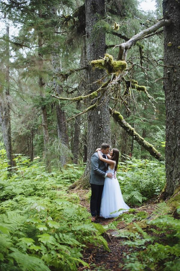 Understated-Alaska-Destintion-Wedding-in-Orange-and-Navy-Erica-Rose-Photography-0032