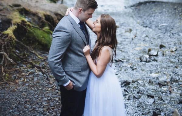 Understated-Alaska-Destintion-Wedding-in-Orange-and-Navy-Erica-Rose-Photography-0037