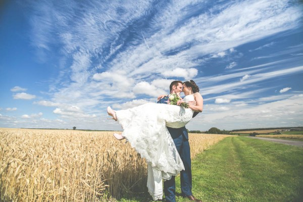Vintage-Gloucestershire-Wedding-at-Kingscote-Barn-Rachel-Lambert-Photography-0053