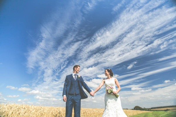 Vintage-Gloucestershire-Wedding-at-Kingscote-Barn-Rachel-Lambert-Photography-0055