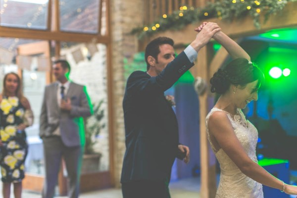 Vintage-Gloucestershire-Wedding-at-Kingscote-Barn-Rachel-Lambert-Photography-0096