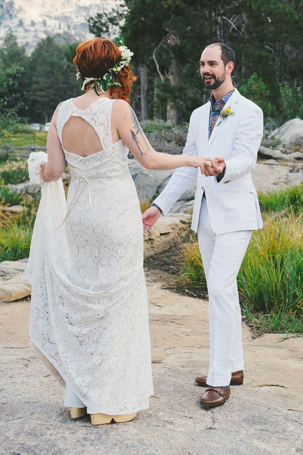 Woodland-Wedding-at-The-Hideout-in-Kirkwood-CA-Sarah-Maren-Photography-060