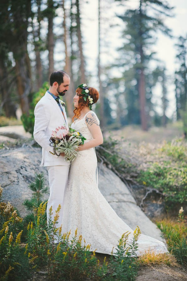 Woodland-Wedding-at-The-Hideout-in-Kirkwood-CA-Sarah-Maren-Photography-069