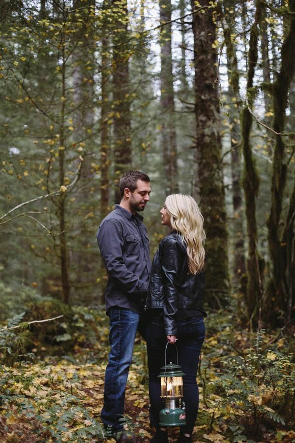 blog adorable hiking proposal