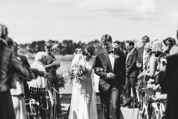Black-and-White-Nordic-Wedding-at-Devold-Fabrikken (19 of 35)