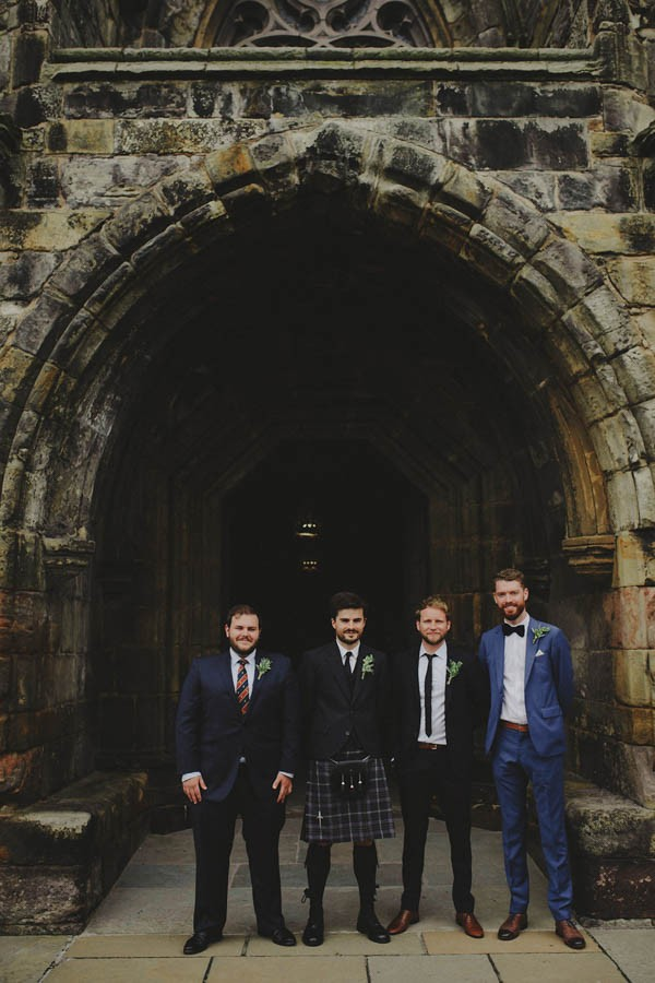 Bohemian-Seaside-Scottish-Wedding-at-St-Salvators-Chapel-Anna-Urban-0204