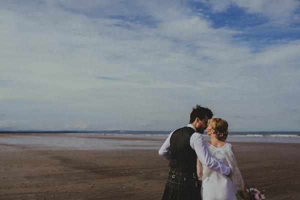Bohemian-Seaside-Scottish-Wedding-at-St-Salvators-Chapel-Anna-Urban-0614