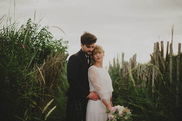 Bohemian-Seaside-Scottish-Wedding-at-St-Salvators-Chapel-Anna-Urban-0733
