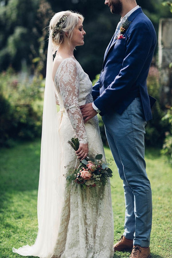 Boho-Yorkshire-Wedding-at-Jervaulx-Abbey-Miss-Gen-Photography-017