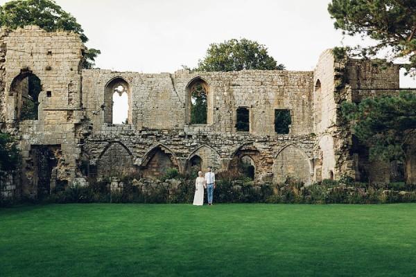 Boho-Yorkshire-Wedding-at-Jervaulx-Abbey-Miss-Gen-Photography-026