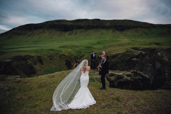 Boldly-Romantic-Icelandic-Elopement-in-the-Fjaorargljufur-Canyon-Nicole-Ashley-Photography-18