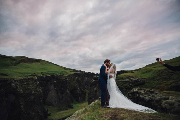 Boldly-Romantic-Icelandic-Elopement-in-the-Fjaorargljufur-Canyon-Nicole-Ashley-Photography-25