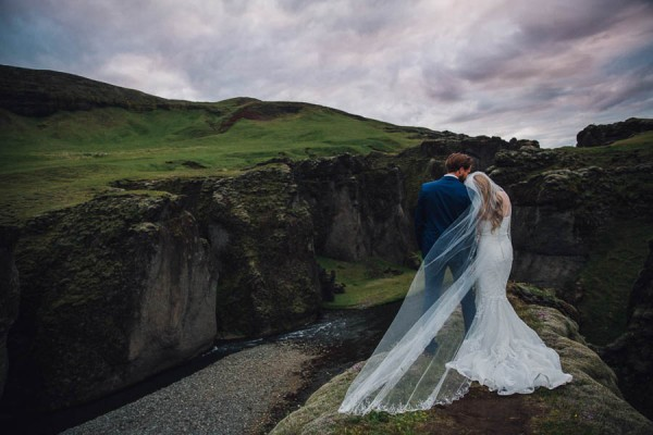 Boldly-Romantic-Icelandic-Elopement-in-the-Fjaorargljufur-Canyon-Nicole-Ashley-Photography-27
