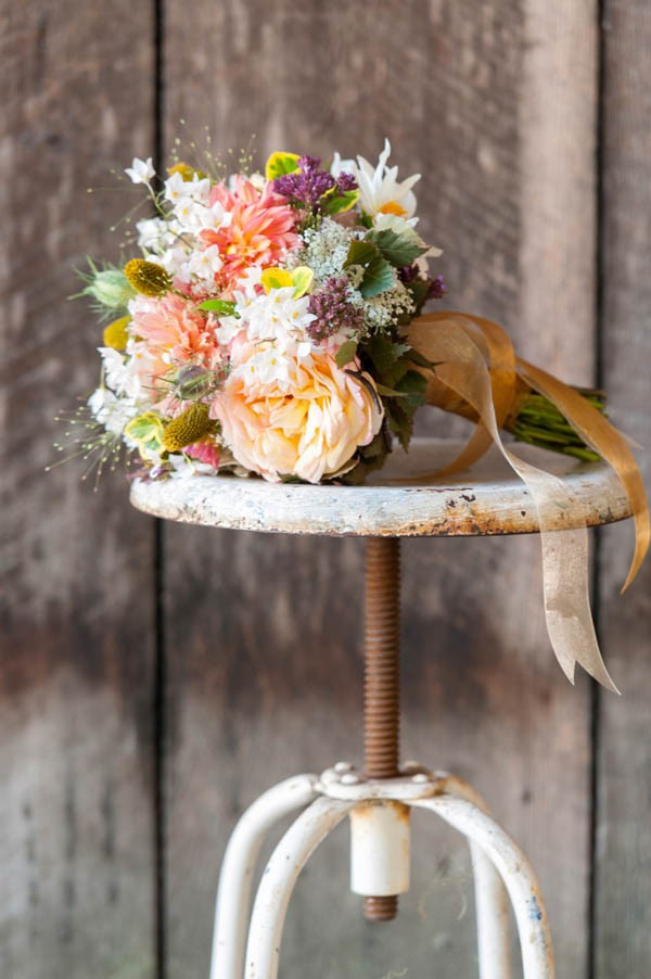 Country-Chic-Wedding-at-Philo-Apple-Farm-Rebecca-Gosselin-Photography-6