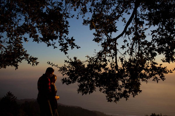 Cozy-Anniversary-Photo-Shoot-at-Mount-Tamalpais-Dustin-Cantrell-14