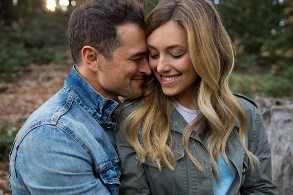 Cozy-Anniversary-Photo-Shoot-at-Mount-Tamalpais-Dustin-Cantrell-2