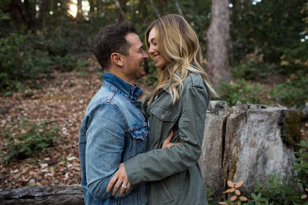 Cozy-Anniversary-Photo-Shoot-at-Mount-Tamalpais-Dustin-Cantrell-4
