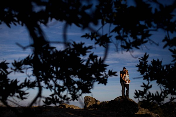 Cozy-Anniversary-Photo-Shoot-at-Mount-Tamalpais-Dustin-Cantrell-5