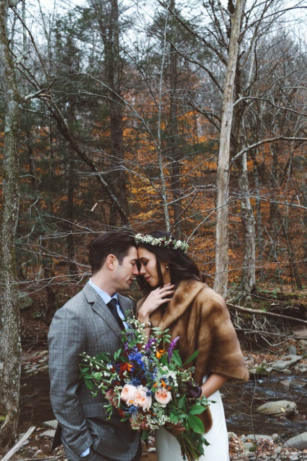 Earthy-Winter-Wedding-at-Full-Moon-Resort (38 of 44)