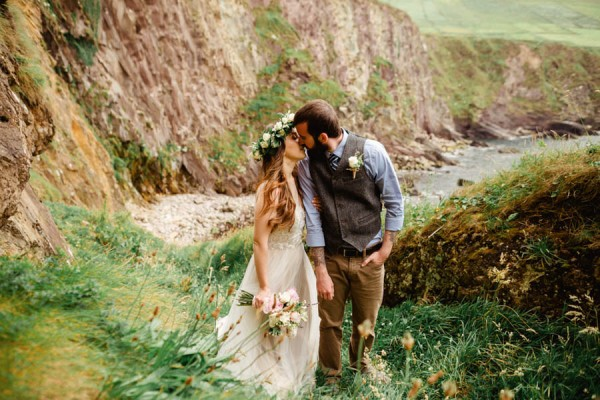 Ethereal-Irish-Elopement-at-Connor-Pass-The-Lous (13 of 40)