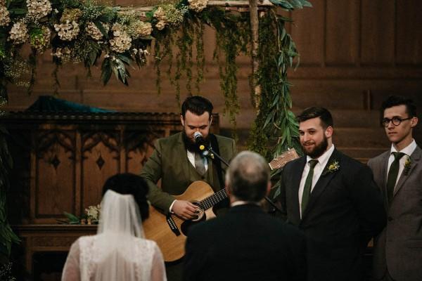 Free-Spirited-Ohio-Wedding-at-Ohio-Memorial-Chapel (12 of 31)
