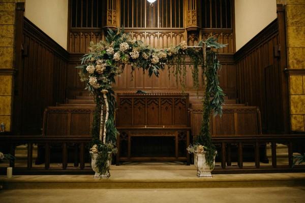 Free-Spirited-Ohio-Wedding-at-Ohio-Memorial-Chapel (3 of 31)