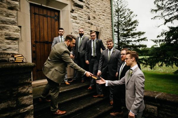 Free-Spirited-Ohio-Wedding-at-Ohio-Memorial-Chapel (5 of 31)