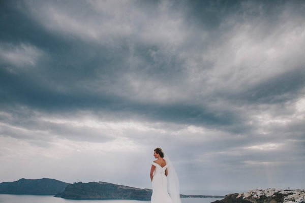 Greek-Destination-Wedding-at-the-Ikies-Traditional-Houses-Elianos-Photography-17