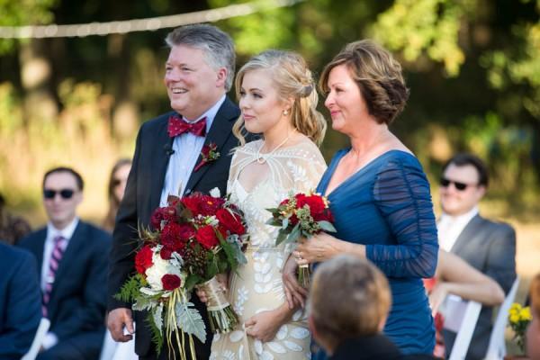 Heartfelt-North-Texas-Ranch-Wedding-Studio-Uma-13