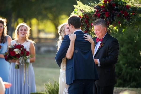 Heartfelt-North-Texas-Ranch-Wedding-Studio-Uma-17