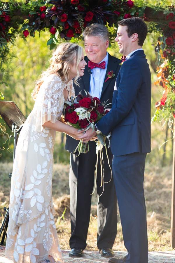 Heartfelt-North-Texas-Ranch-Wedding-Studio-Uma-19