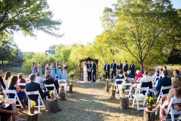 Heartfelt-North-Texas-Ranch-Wedding-Studio-Uma-20