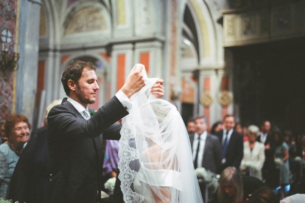 Ivory-and-White-Italian-Wedding-at-Vigna-Chinet (9 of 28)