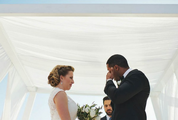 Romantic-Santorini-Destination-Wedding-at-La-Maltese-Thanasis-Kaiafas (16 of 28)