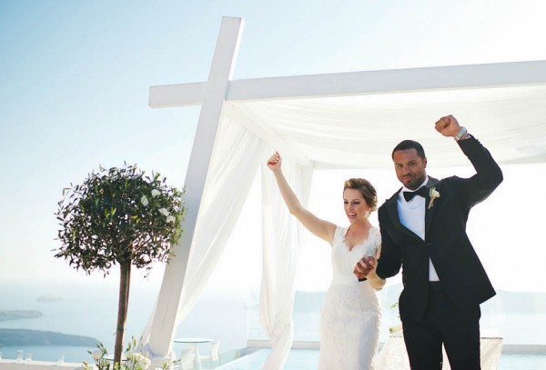 Romantic-Santorini-Destination-Wedding-at-La-Maltese-Thanasis-Kaiafas (21 of 28)