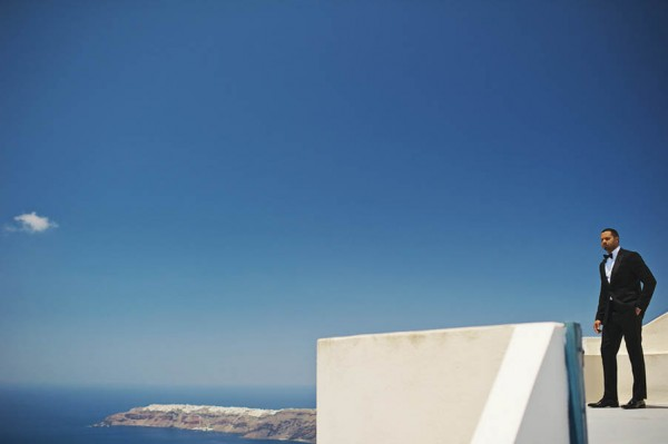Romantic-Santorini-Destination-Wedding-at-La-Maltese-Thanasis-Kaiafas (4 of 28)