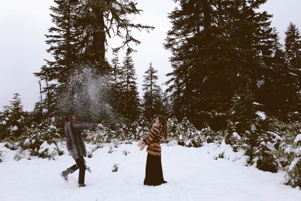 Snowy-Couple-Session-at-Mt-Baker-Alexandra-Celia-16