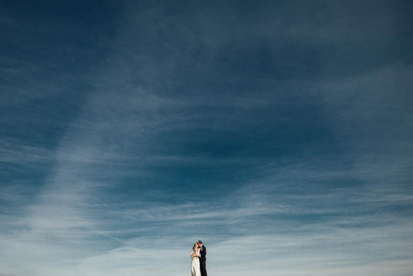 Sophisticated-Michigan-Wedding-at-the-Grosse-Pointe-War-Memorial-Julie-Pepin-Photography-1
