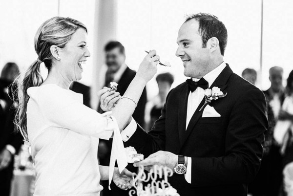 Sophisticated-Michigan-Wedding-at-the-Grosse-Pointe-War-Memorial-Julie-Pepin-Photography-13