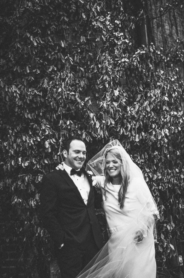 Sophisticated-Michigan-Wedding-at-the-Grosse-Pointe-War-Memorial-Julie-Pepin-Photography-17