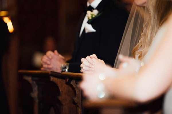 Sophisticated-Michigan-Wedding-at-the-Grosse-Pointe-War-Memorial-Julie-Pepin-Photography-22