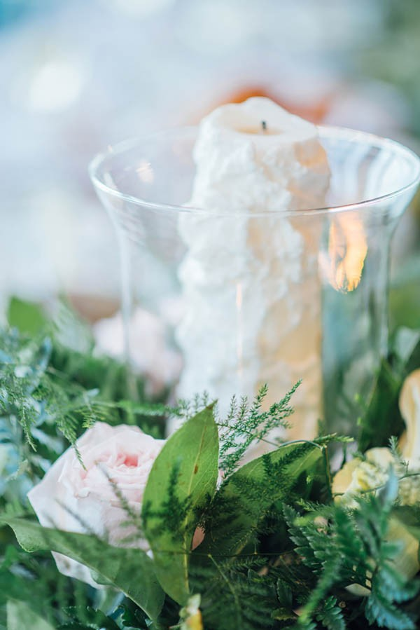 Sophisticated-Michigan-Wedding-at-the-Grosse-Pointe-War-Memorial-Julie-Pepin-Photography-37