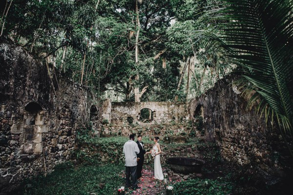 This-St-Lucia-Elopement-Brilliantly-Mixes-Luxury-and-Minimalism-Matt-Lien-14