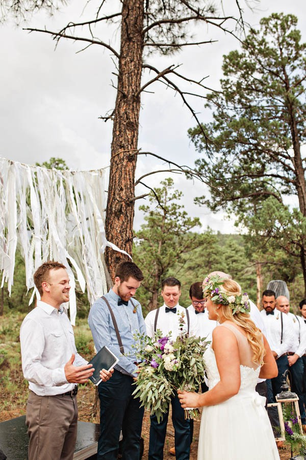 Woodland-Bohemian-Wedding-at-the-Cabins-at-Strawberry-Hill-Amilia-Photography-10