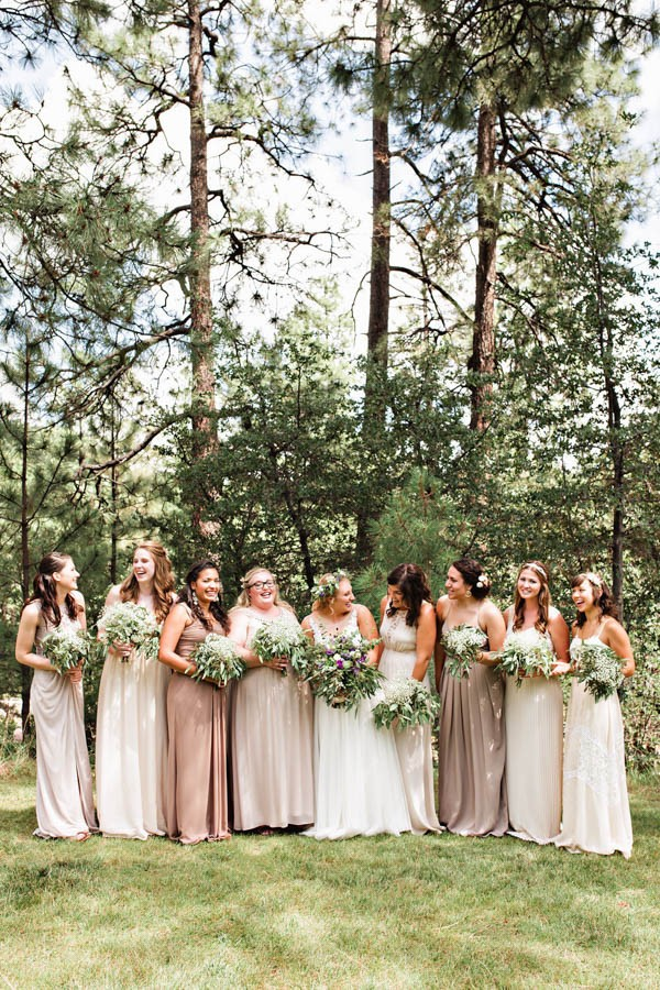 Woodland-Bohemian-Wedding-at-the-Cabins-at-Strawberry-Hill-Amilia-Photography-2